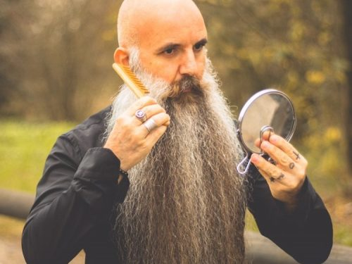 Intervista a Patrizio Vagelli, il guru della barba