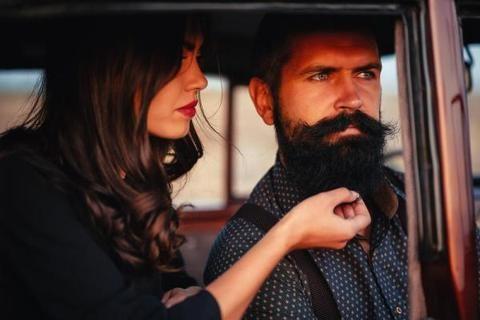 Barba e attrazione. Alle donne piace la barba?